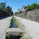 武家屋敷 水路の小道