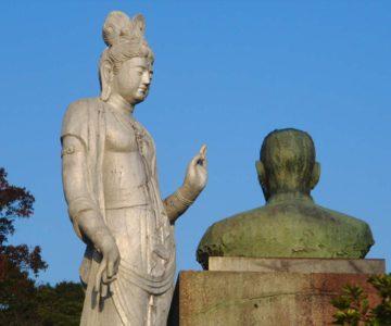 島原総合運動公園 菩薩像