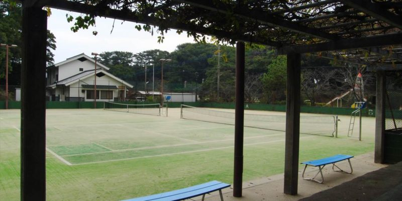 霊丘公園 テニスコート