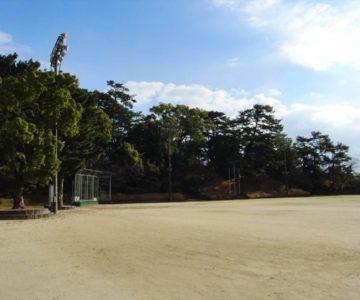 霊丘公園 運動場