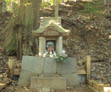 生穂神社 石祠