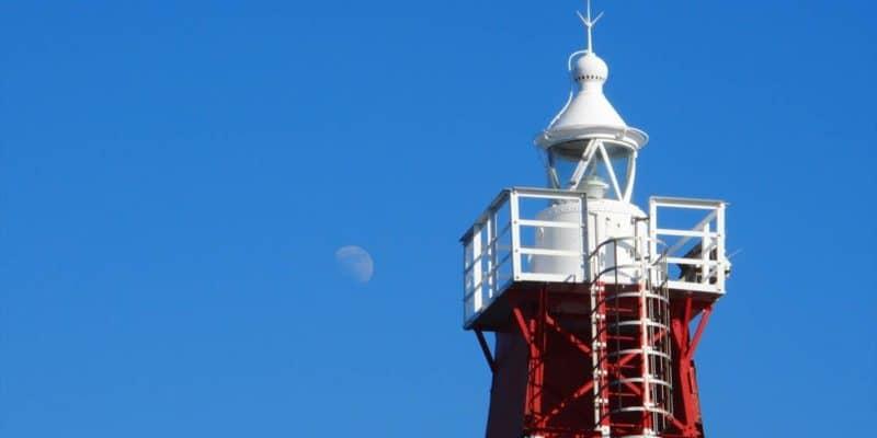 島原海浜公園 灯台と月