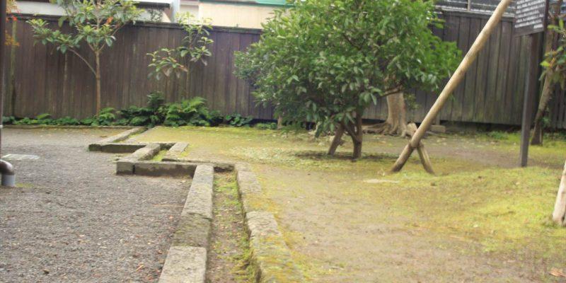 武家屋敷 篠塚邸 水路