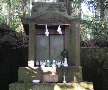 瓢箪畑稲荷神社 石祠