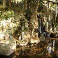 猛島神社 美音の滝と石祠・石碑
