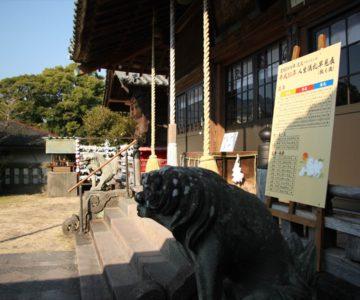 霊丘神社 社殿