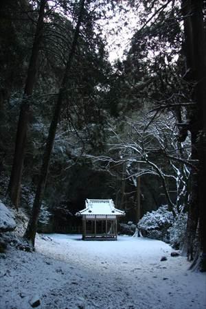 岩戸神社 神楽殿