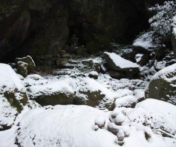 岩戸神社 石積み