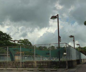 島原総合運動公園テニスコート