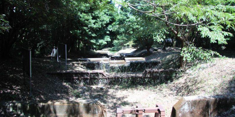 山の森遊歩道 ミニチュアダム