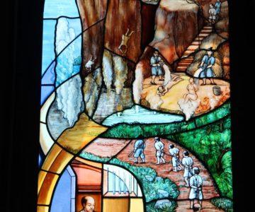 カトリック島原教会 ステンドガラス