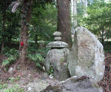烏兎神社 水神の石碑