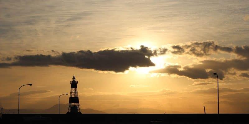 島原海浜公園 朝焼け 灯台