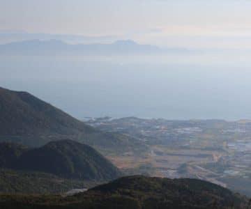 仁田峠第二展望台 水無川の砂防ダム群