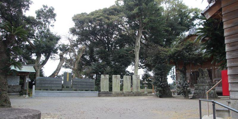 熊野神社 境内