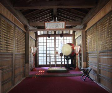 霊丘神社 幣殿