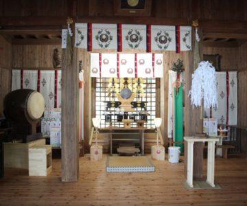 高城神社 幣殿