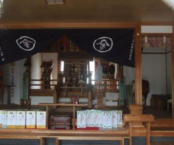 八幡神社 社殿