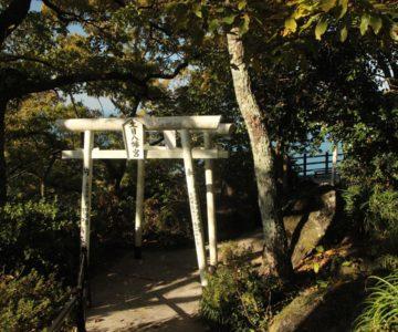 生目八幡神社 鳥居
