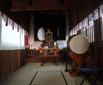 八幡神社 幣殿