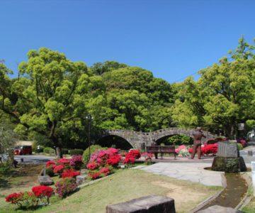 諫早公園 ベンチと銅像