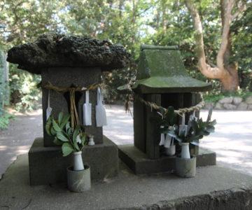 諏訪神社 石祠