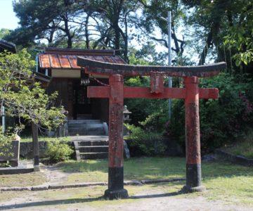 霊丘神社 潜龍園神社