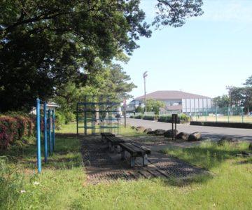 霊丘公園 寄付された遊具