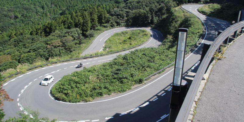ドラゴンロード(県道128号線)